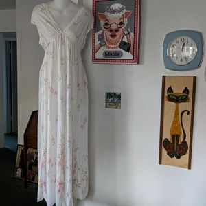 Vintage full length nightgown silky floral sz L